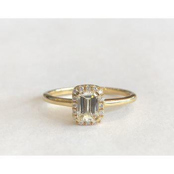 Yellow Gold Emerald Cut Halo Diamond Ring