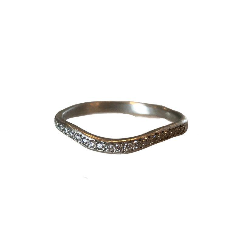 Yasuko Azuma Jewelry Curved Platinum Diamond Band