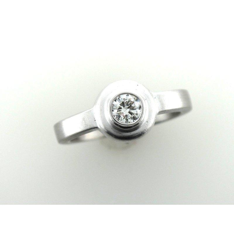 Antique, Estate & Consignment White Gold Bezel Set Diamond Engagement Ring