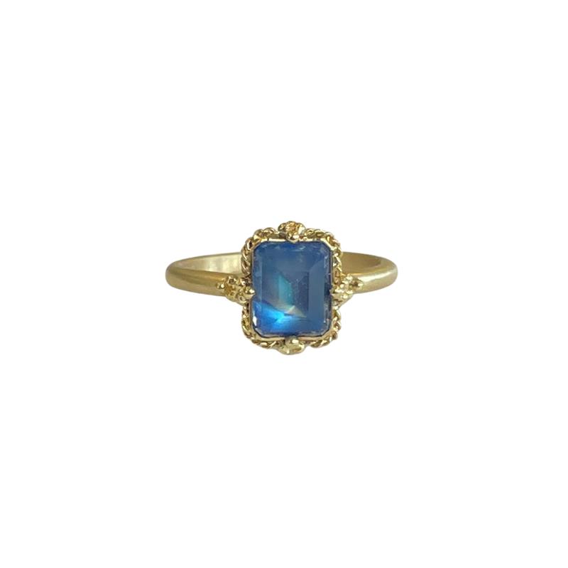 Amali One of a Kind Mini Moonstone Ring