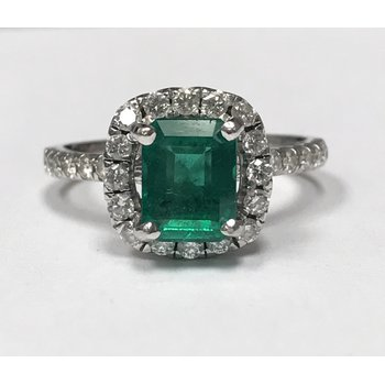 Halo Diamond & Emerald Ring