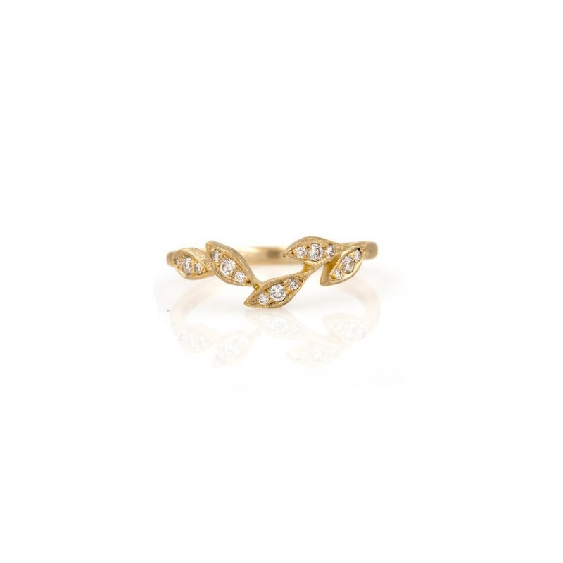 Yasuko Azuma Jewelry Leaf Curved Band