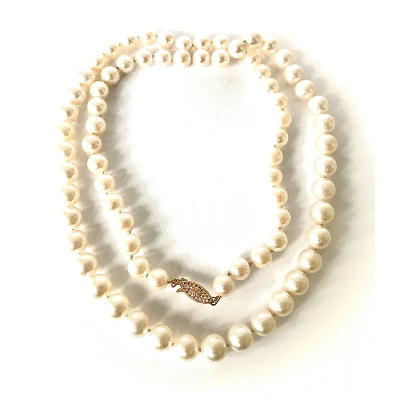 Antique, Estate & Consignment Akoya Pearl Strand