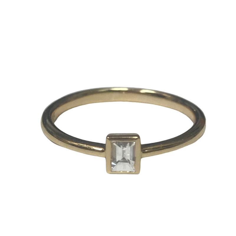 Getana Baguette Diamond Ring