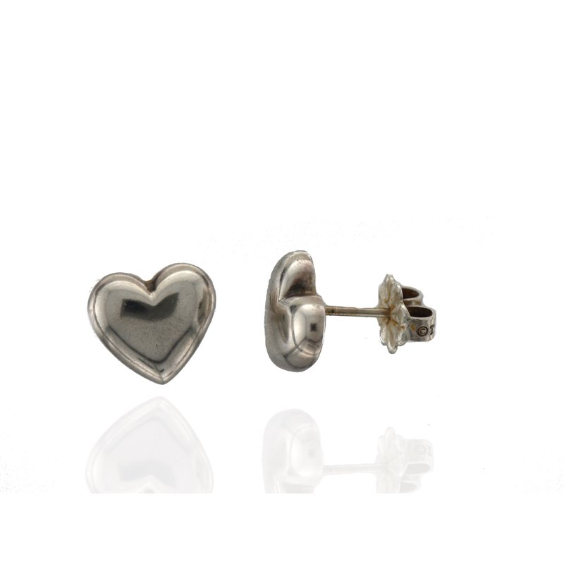 Antique, Estate & Consignment Pre-Owned Tiffany & Co Sterling Silver Heart Earrings