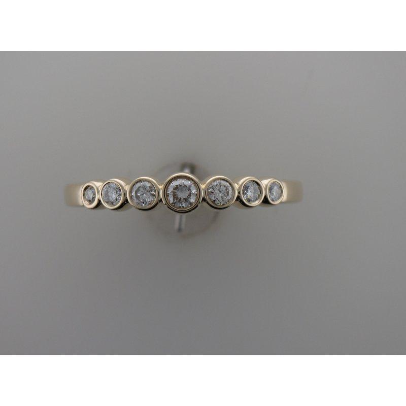 Hurdle's Custom Designs Diamond Bubble Ring