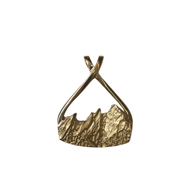 Hurdle's Jewelry Collection Flatiron Pendant Gold Large