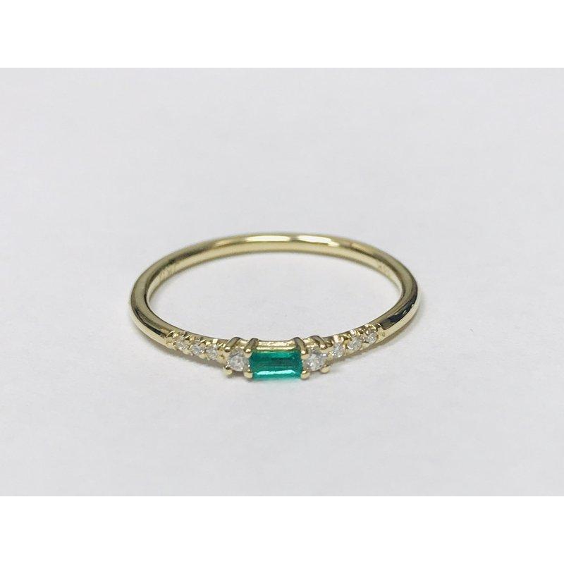 Jennie Kwon Emerald Petite Equilibrium Ring