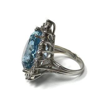 17.50 Carat Aquamarine Ring