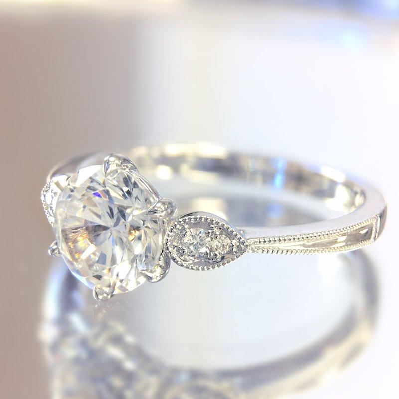 Parade Design Classic Bridal Diamond Engagement Ring R4315
