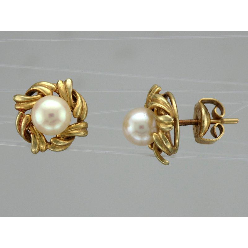 Antique, Estate & Consignment Pearl Gold Earrings