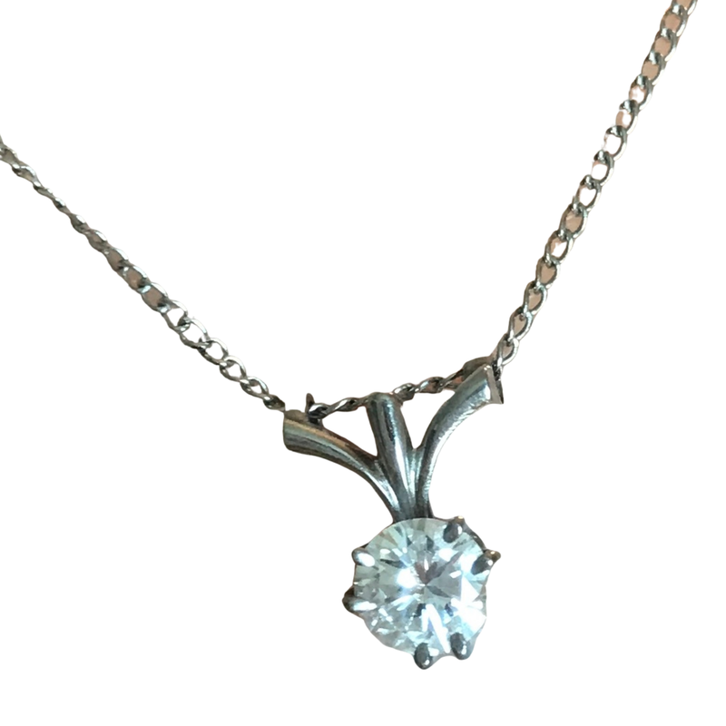 Antique, Estate & Consignment Six Prong 0.38 Carats Diamond Solitaire Necklace