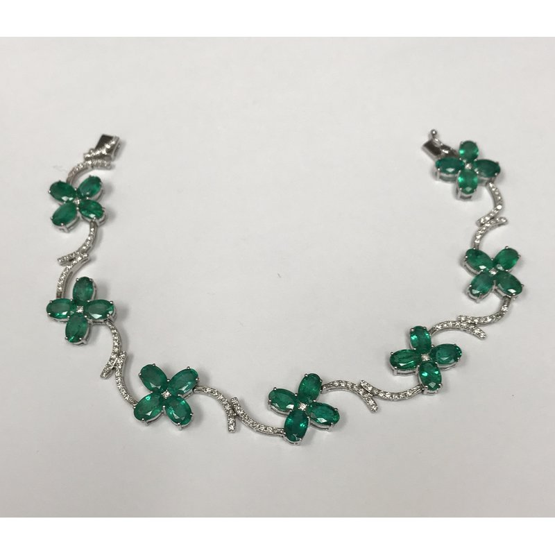 Antique, Estate & Consignment Emerald & Diamond Floral Bracelet