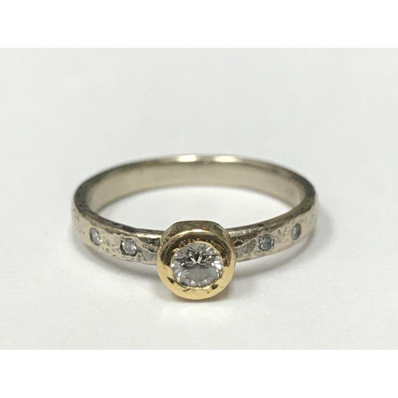 Antique, Estate & Consignment Yasuko Azuma Diamond Bezel Ring