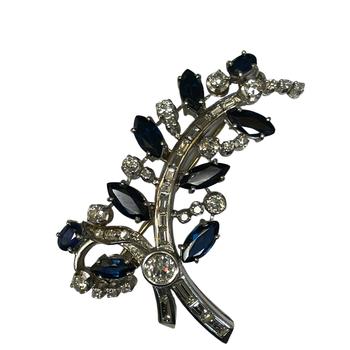 Platinum Diamond & Sapphire Leaf Pin