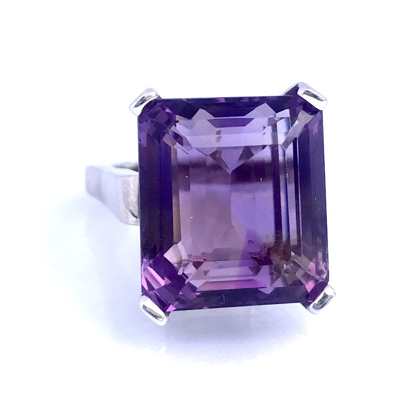 Antique, Estate & Consignment Amethyst Cocktail Ring