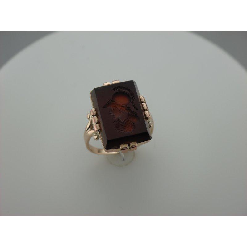 Antique, Estate & Consignment Sardonyx Intaglio Ring