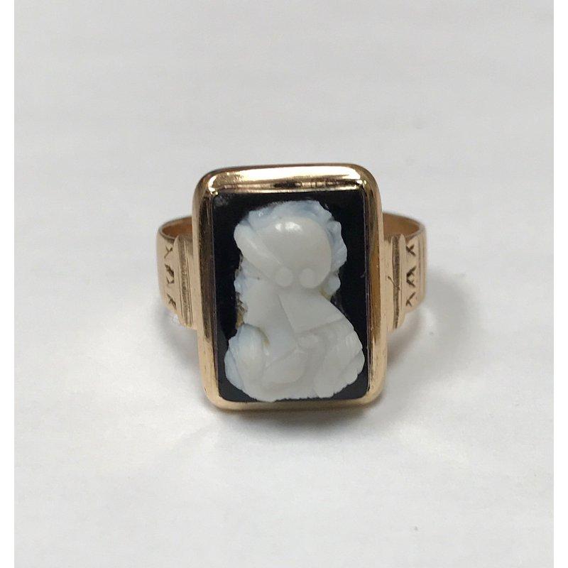 Antique, Estate & Consignment Vintage Black Cameo Ring