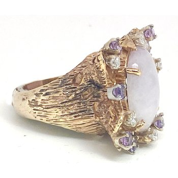 Lady's vintage purple jade, purple stones, diamond and yellow gold ring