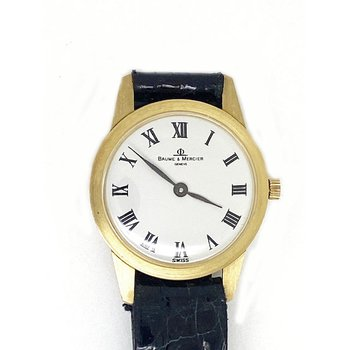 Lady's 18K yellow gold, Baumer & Mercier watch
