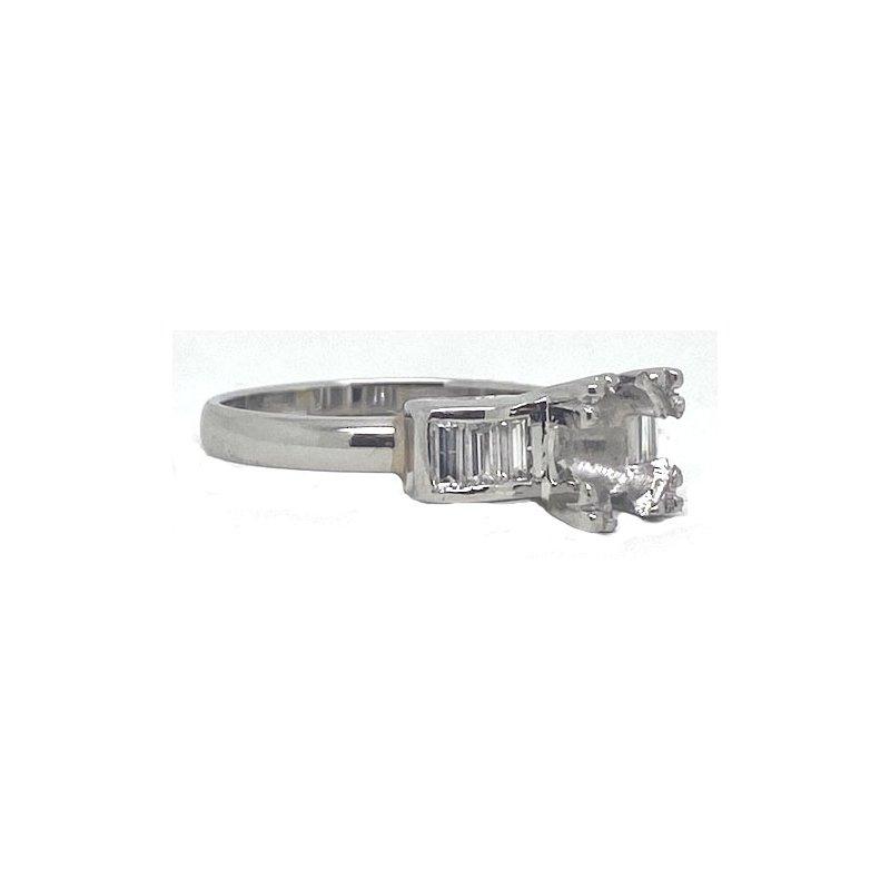 Vintage Bridal Platinum and Diamond, Art Deco style Mounting