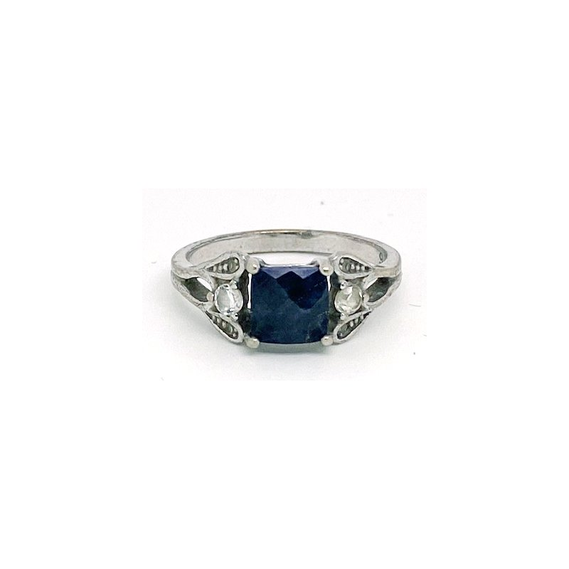 Estate & Vintage Lady's vintage blue stone, clear stones and silver ring