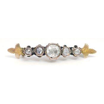 Lady's Victorian design diamond bar pin