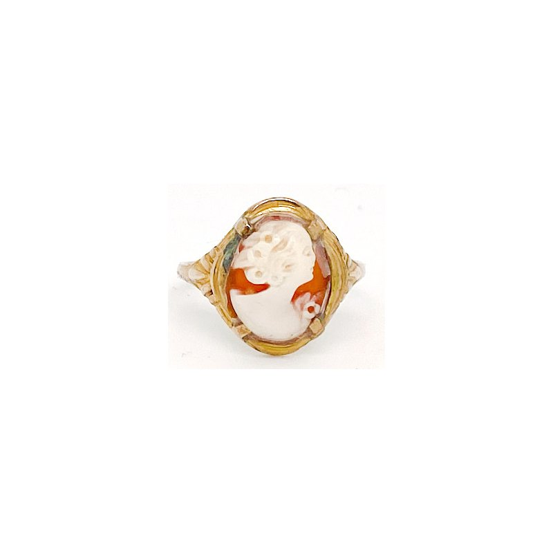 Estate & Vintage Lady's vintage cameo and yellow gold ring