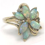 Estate & Vintage Lady's vintage opal, diamond and yellow gold ring