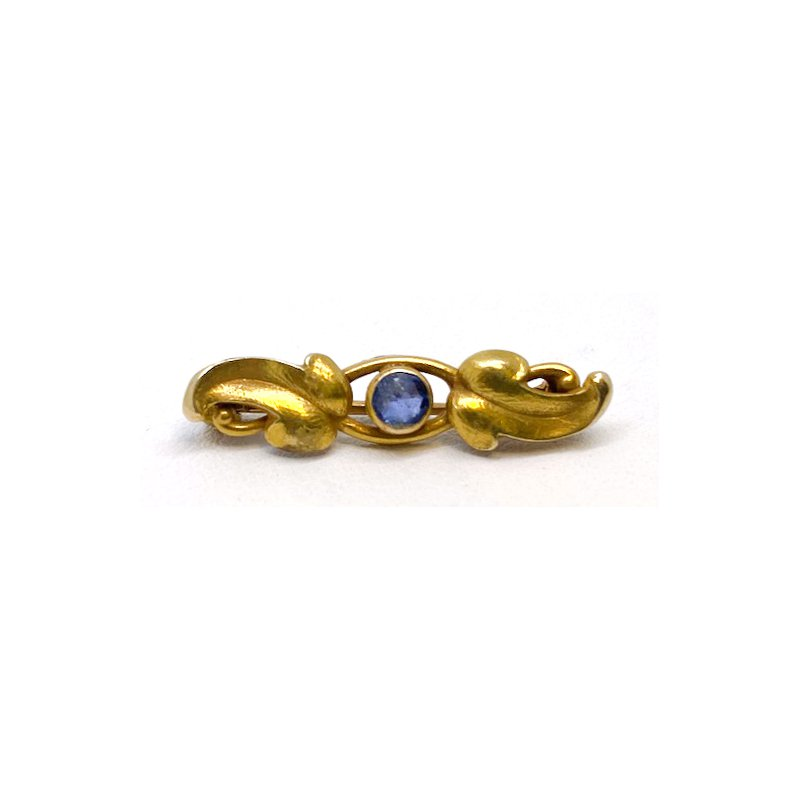 Estate & Vintage Lady's vintage sapphire and yellow gold bar pin