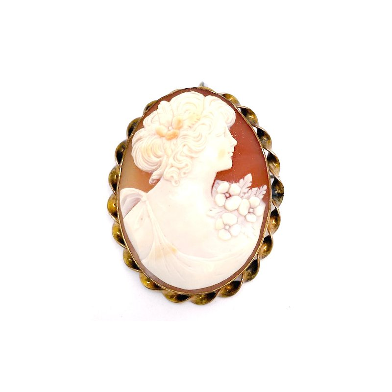 Estate & Vintage Lady's vintage, gold plated, cameo brooch