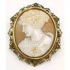 Estate & Vintage Lady's vintage, Victorian design, cameo brooch