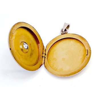 Vintage yellow gold and diamond locket