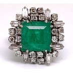 Estate & Vintage Lady's vintage emerald, diamond and white gold with mixed metal ring