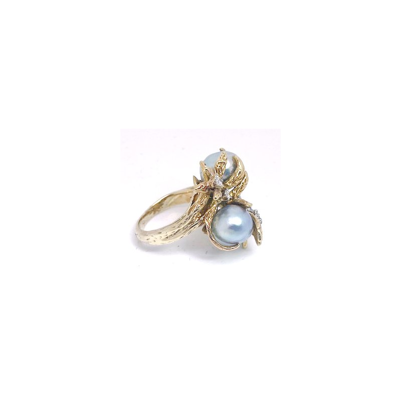 Estate & Vintage Lady's vintage light grey Tahitian pearl, diamond and yellow gold freeform ring