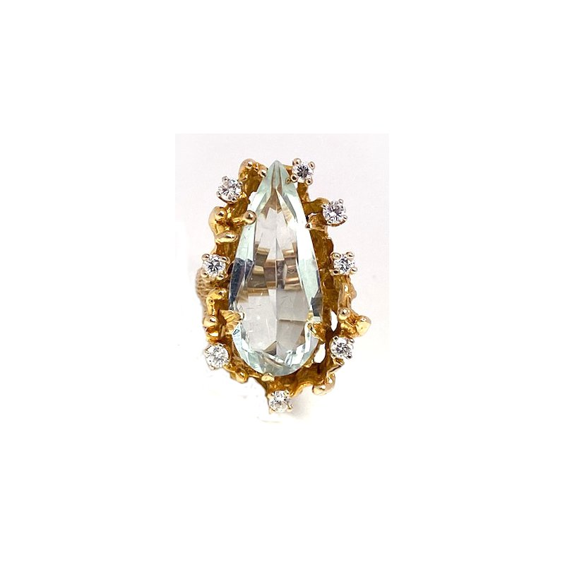 Estate & Vintage Lady's vintage aquamarine, diamond and yellow gold free form ring