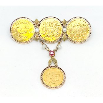 Lady's, Victorian style, yellow gold coin brooch