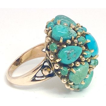 Lady's vintage turquoise and yellow gold cluster ring