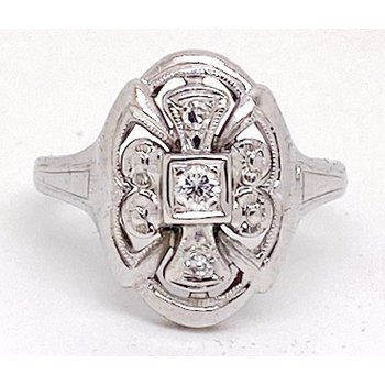 Lady's vintage Art Deco design white gold and diamond ring
