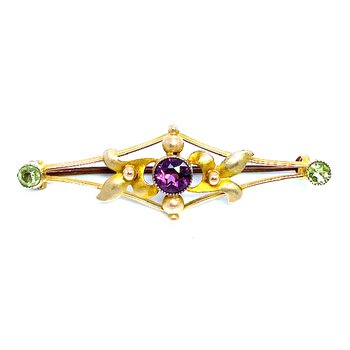 Lady's vintage Art Nouveau style peridot, amethyst and yellow gold bar pin