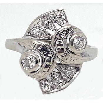 Diamond and White Gold, Retro Style Ring