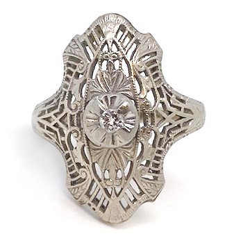 Lady's vintage Art Nouveau design white gold and diamond ring