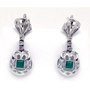 Lady's vintage dangle earrings