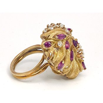 "Lady's vintage ruby, diamond and yellow gold freeform ring, 1.25"" in length"