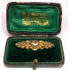 Estate & Vintage Vintage, Etruscan design, brooch in its original box