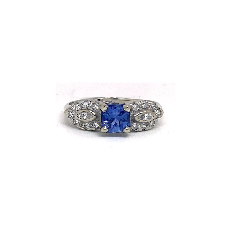 Estate & Vintage Lady's vintage sapphire, diamond and white gold ring