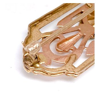 Lady's vintage diamond, rose and yellow gold bar pin
