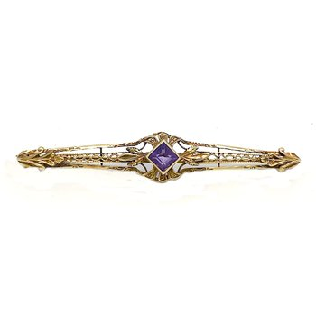 Lady's vintage Art Deco style amethyst and yellow gold bar pin