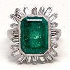 Estate & Vintage Lady's vintage emerald, diamond and white gold ring