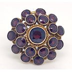 """Estate & Vintage Lady's vintage garnet and yellow gold cluster ring, with a 1.10"""" diameter"""